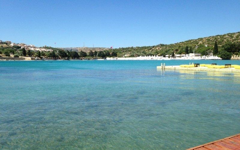 shayna-beach2